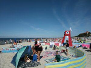 Strzeżona plaża w Łebie